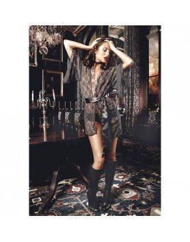 baci kimon de encaje negro